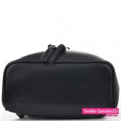 Funkcjonalny czarny plecak damski z nowej kolekcji