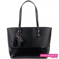 Duża czarna torba damska na ramię z fakturowanej skóry ekologicznej