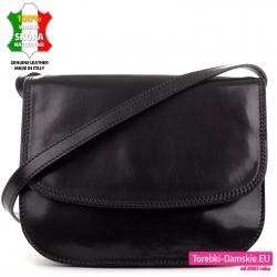 Czarna torebka z klapą w klasycznym fasonie z cielęcej skóry