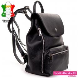 Plecak damski z klapą - włoski w kolorze czarnym z naturalnej skóry