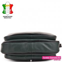 Zielona torebka - spód, trzy osobne komory, czarne elementy