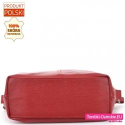 Czerwona torba z płaskim spodem usztywnionym