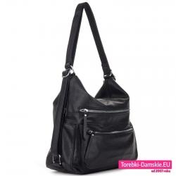 Pojemna torba czarny worek na ramię z kieszeniami z przodu i na bokach