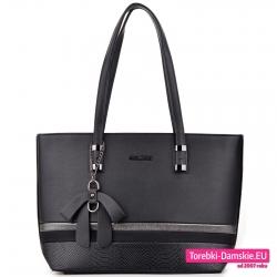 Czarna torebka na ramię duży pojemny model
