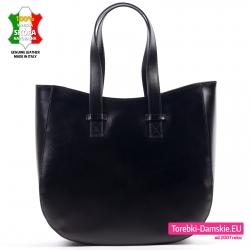 Funkcjonalna i efektowna torba z czarnej skóry włoskiej