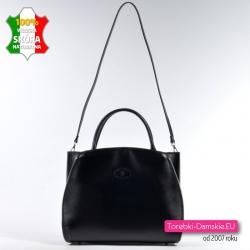 Ta pojemna czarna torba może pełnić funkcję teczki damskiej noszonej w przewieszeniu