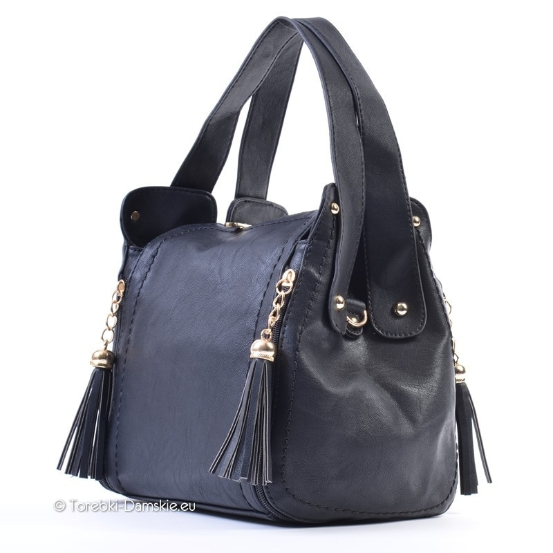 9b360d6b94003 Czarny kuferek folk: torebka z frędzlami, dwa uchwyty, pasek
