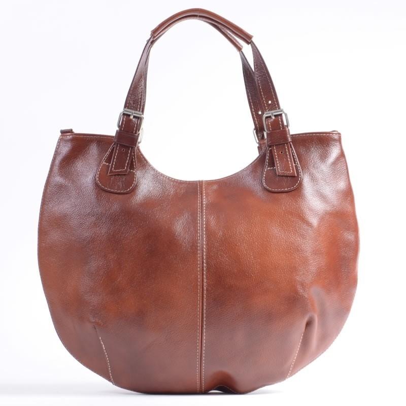 cc06a18cbbf10 Duża owalna torba skórzana w kolorze brązowym średniej jasności ...