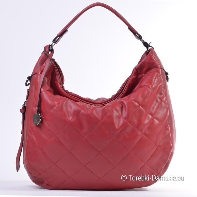 17241872e9a26 Czerwona pikowana torba miejska typu worek