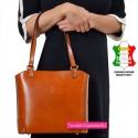 Brązowa torebka skórzana włoska w jasnym odcieniu na ramię lub do noszenia w przewieszeniu