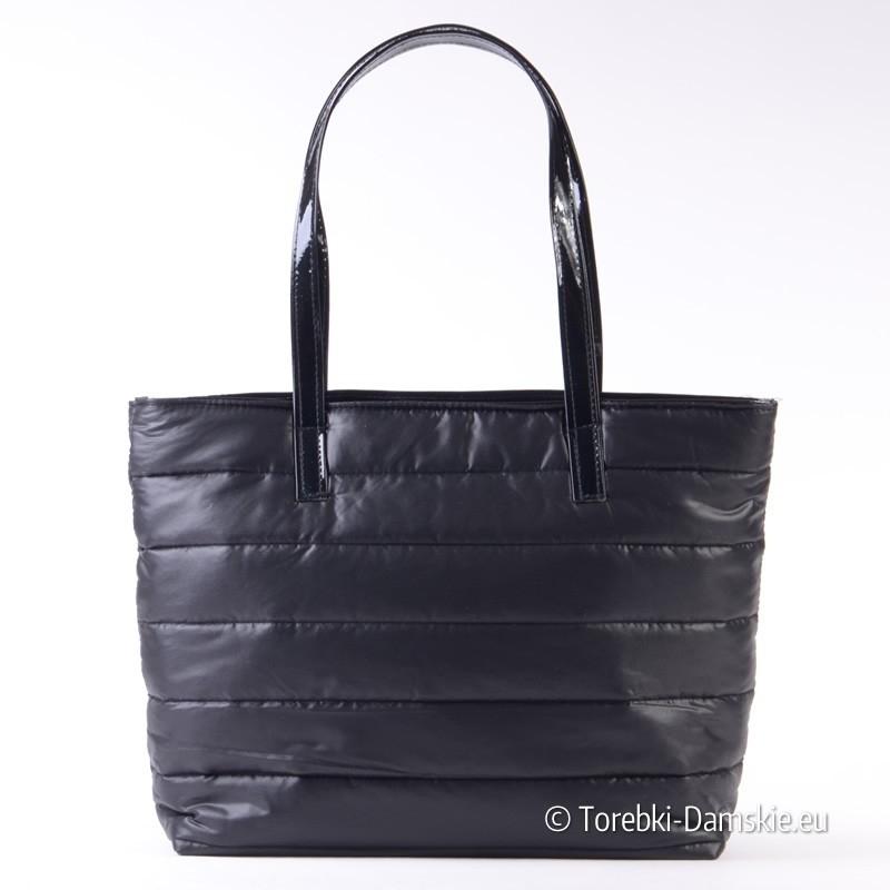 84e6ec6555c79 Tania pikowana czarna duża torba damska na ramię