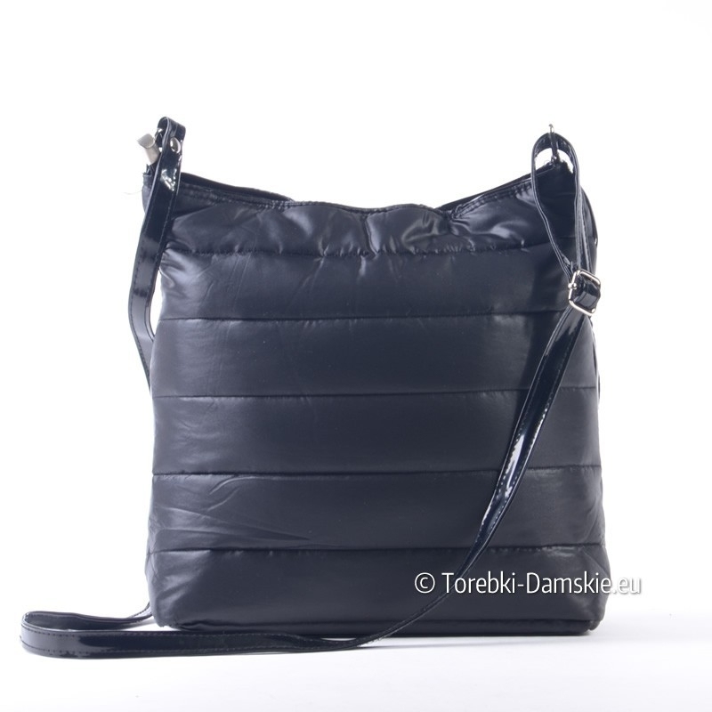 82c02bf6a20d9 Listonoszka raportówka w kolorze czarnym - pikowana torebka damska