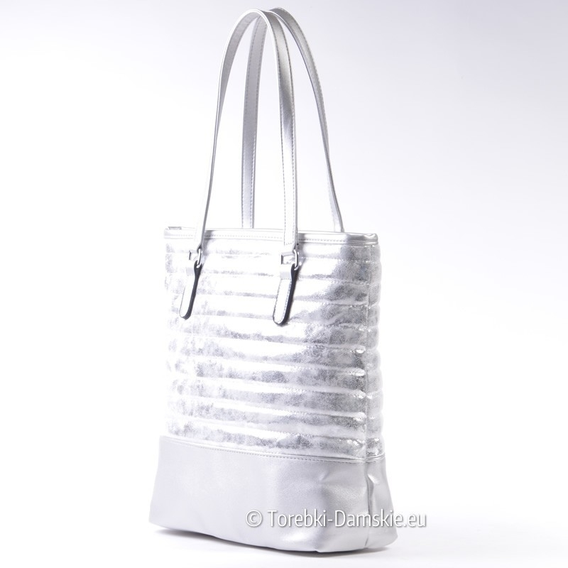 bef888ddc8e8f ... Miejska srebrna torba damska na ramię pikowana ...