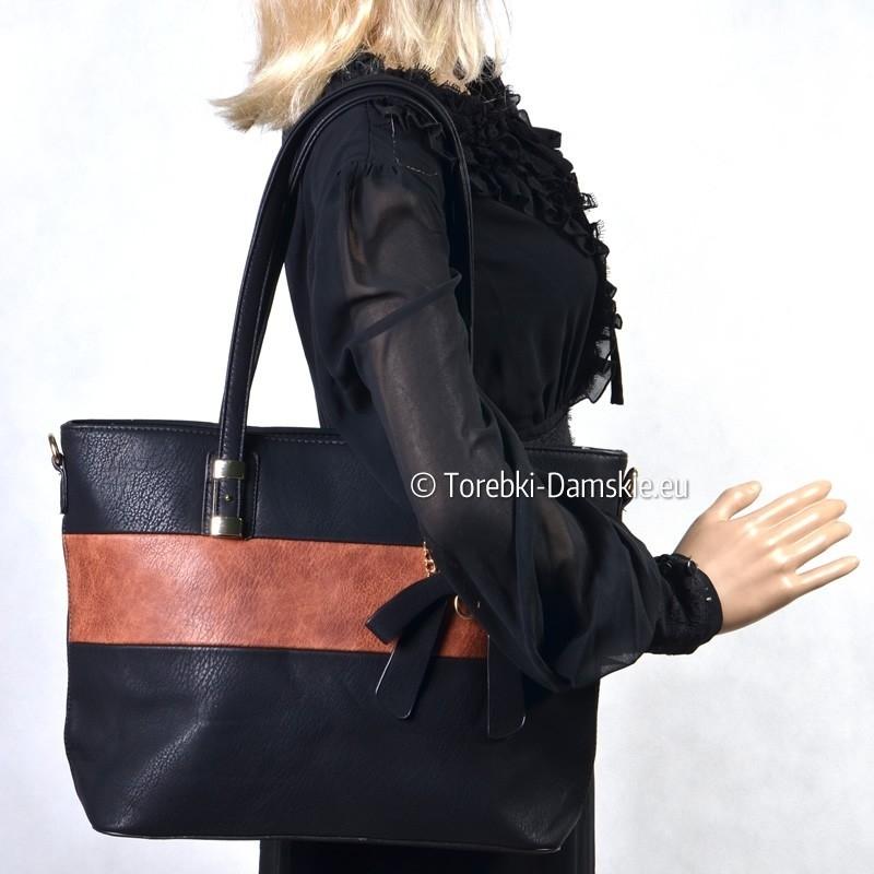 bd0b0bea0d6da Czarno - brązowa pojemna torba damska na ramię