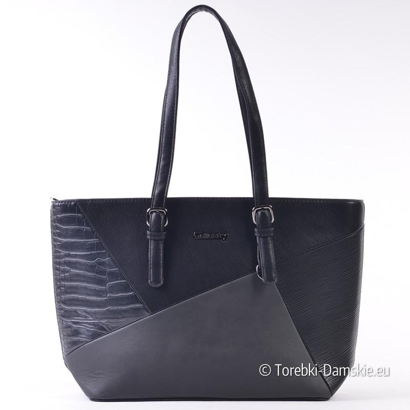 Czarna duża torba z efektownie zaprojektowanym przodem
