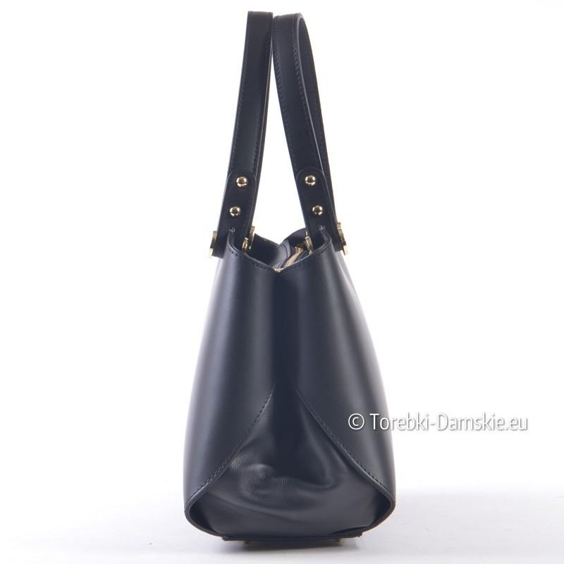 378775122b70f Czarny włoski kuferek - efektowna torebka damska ze skóry naturalnej